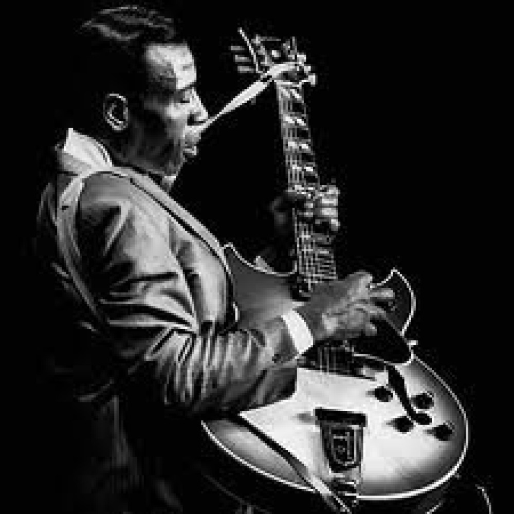 essays on t-bone walker Aaron thibeaux t-bone walker walker is perhaps the grandfather of electric blues and an innovator of the jump blues sound that would be influential on the formation of rock n' roll.